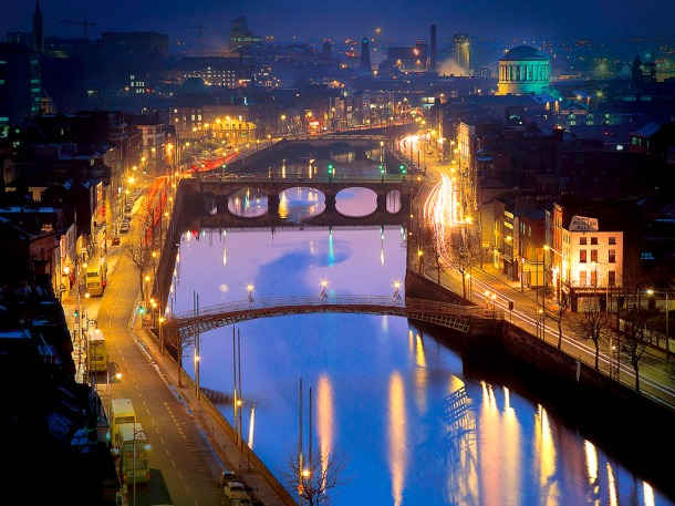 Dublin, River Liffey at night