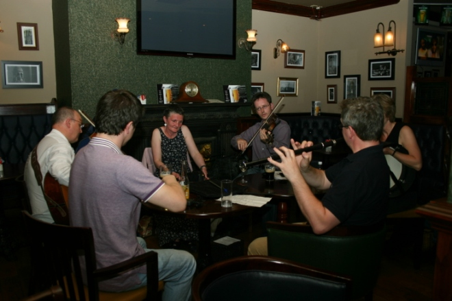 Conor Ward ( Fiddle )Cathal Cusack ( Guitar )Ailis Ni Riain ( Concertina )Tony Lawless ( Fiddle )Carmel O Hara ( Bodhran ) Richard Sheehan ( Flute )